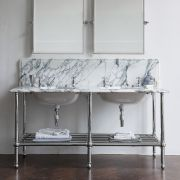 The Double Crake In White Arabescato Marble in chrome finish